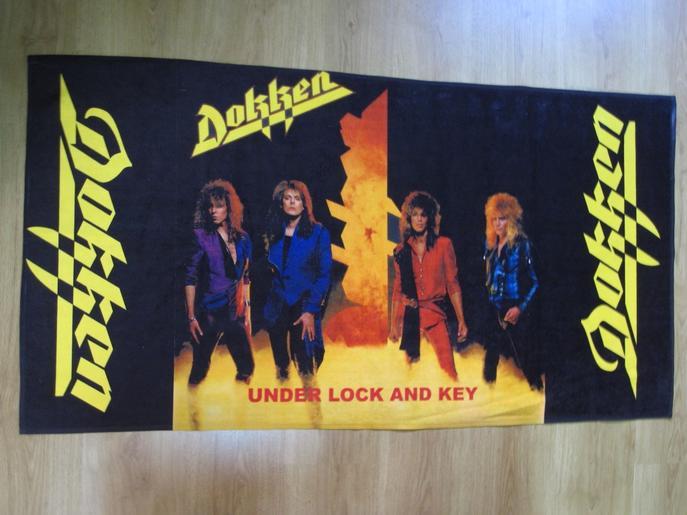 【DOKKEN】DOKKEN Under Lock And Key Towel ドッケン オフィシャル バンド タオル【ジャンボサイズ140cmx70cm】【ご予約商品】【宅配便のみ扱い】